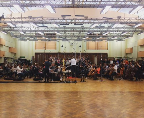 Tenebrae and the BBC Symphony Orchestra recording Bernstein's Chichester Psalms